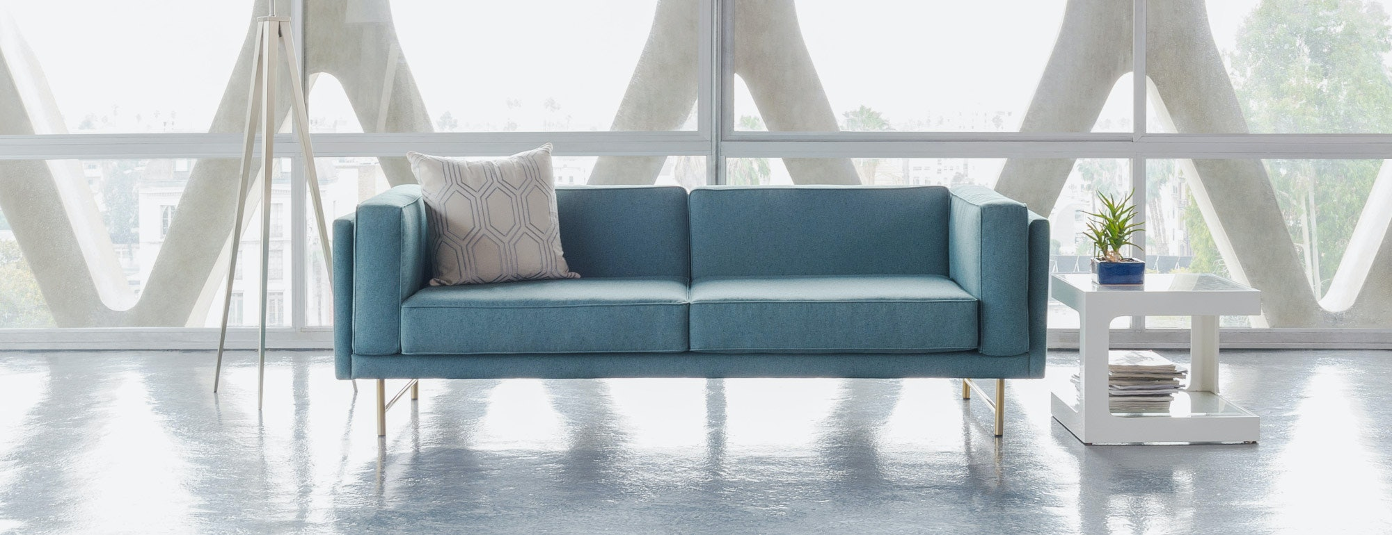 hero Astor loveseat
