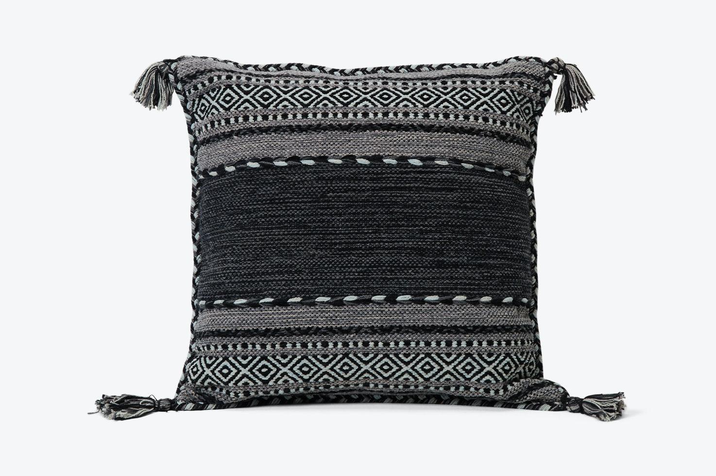 Lian Pillow Black